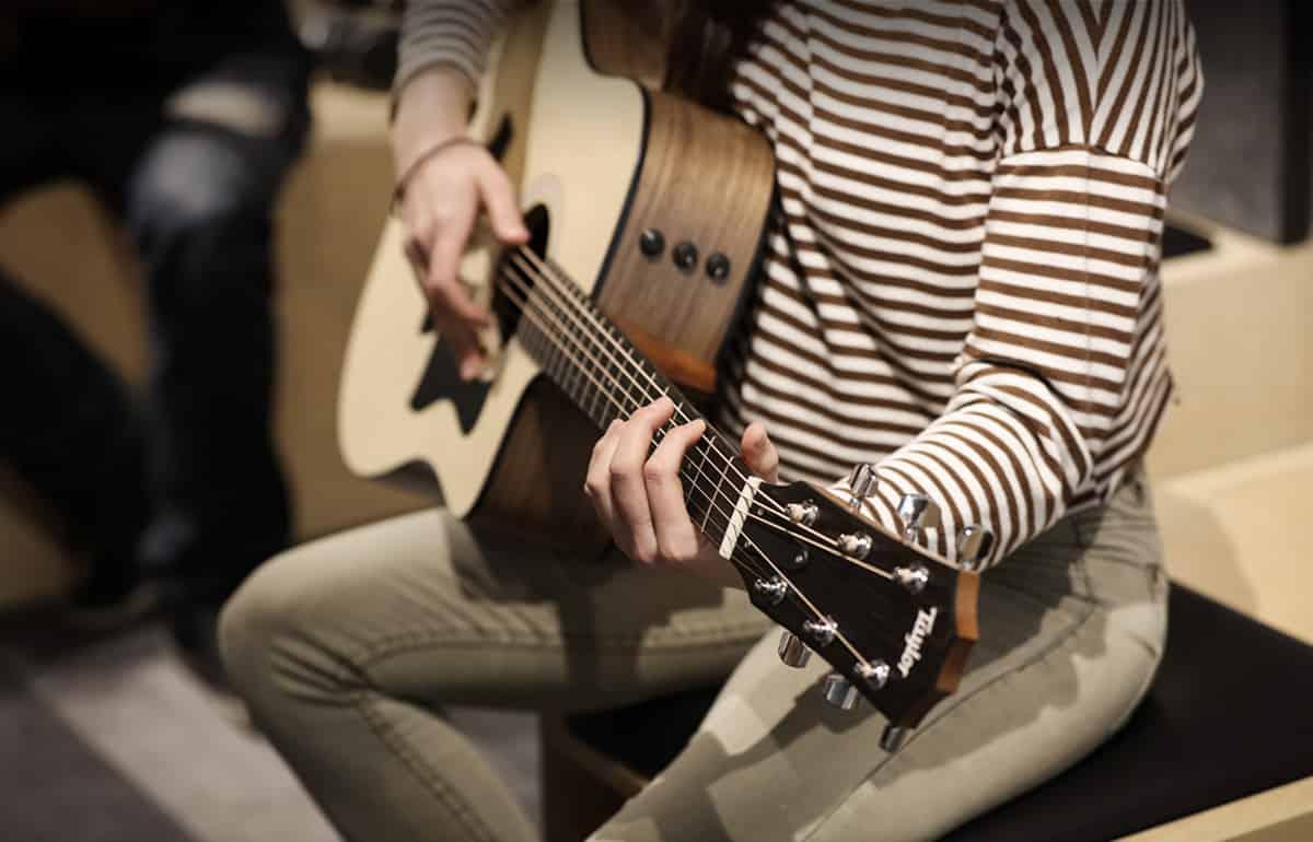 Guitar Lessons Music Gym